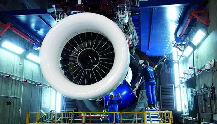 MTU Aero Engines stockt Prognose auf, Aktie fliegt hoch