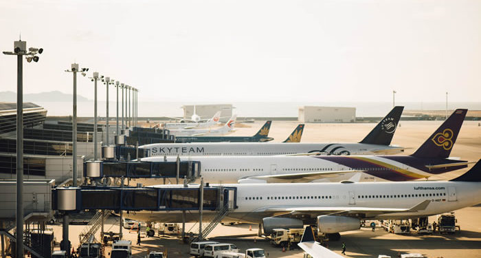 Flugzeuge in Parkposition