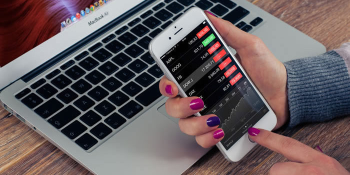 Aktienhandel Mobil Laptop